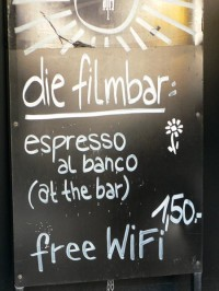 Filmbar im Filmmuseum: Espresso al banco